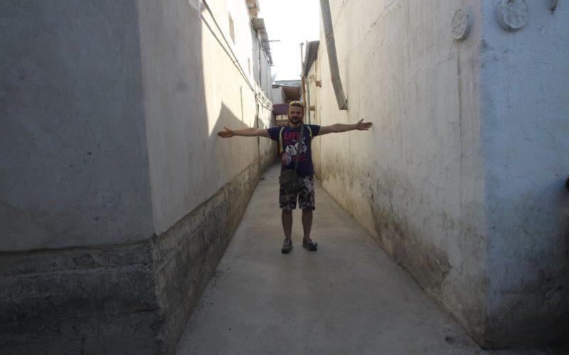Путешествиев Узбекистан. Узкие улочки Бухары