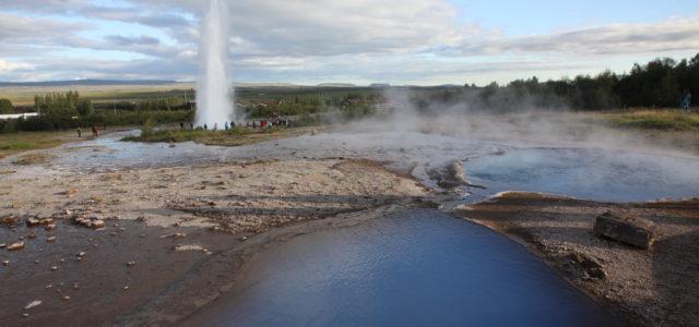 долина гейзеров в путешествии по исландии