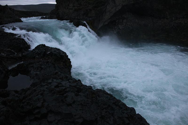 порог водопада Годафосс